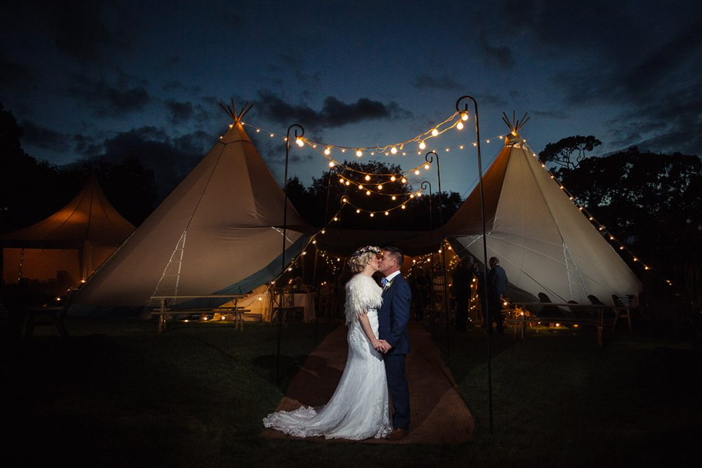 tipi-wedding-staffordshire