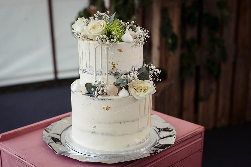 marquee wedding at Hertfordshire wedding